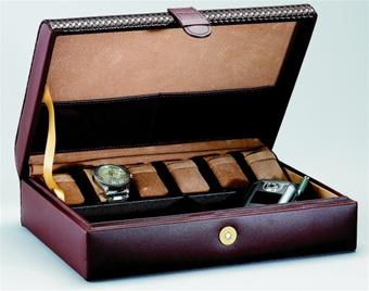 chasingtreasure com jewelry boxes blog men s watch boxes gift as an alternative to wood you can also opt for a leather watch and jewelry box ragar offers a handsome fine leather box six watch pillows and a