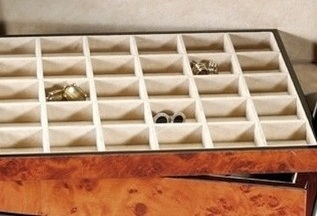 jewery storage compartments