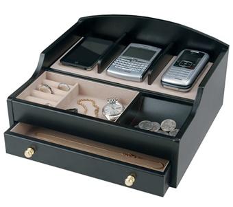 men 39 s black charging valet jewelry box. Black Bedroom Furniture Sets. Home Design Ideas